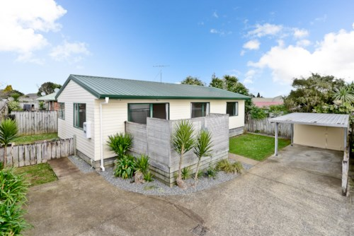 Tuakau, TIDY HOME, Property ID: 46002581 | Barfoot & Thompson