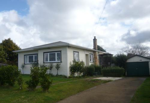 Pukekohe, COZY PROPERTY, Property ID: 46002585 | Barfoot & Thompson