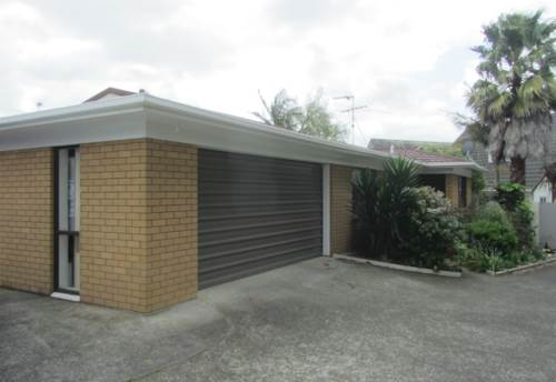 Pukekohe, QUIET LOCATION, Property ID: 46002592 | Barfoot & Thompson