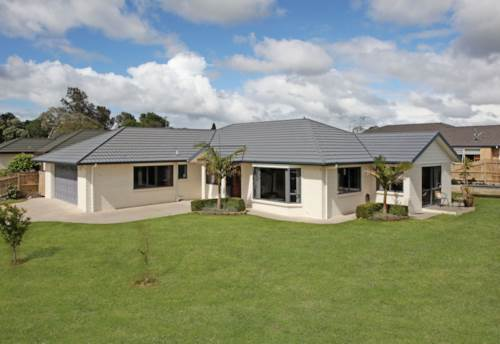 Pukekohe, Stylish Family Home, Property ID: 46002606 | Barfoot & Thompson