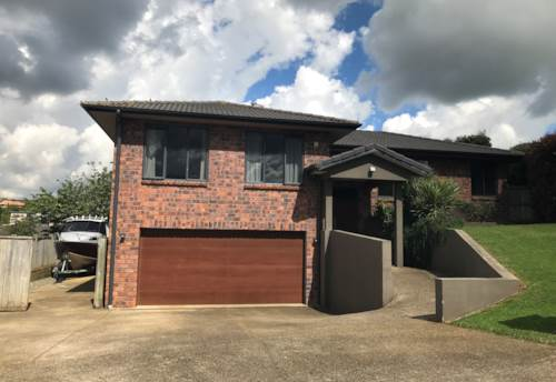Pukekohe, SPACIOUS FAMILY HOME - NEWSHAM PARK, Property ID: 46002618   Barfoot & Thompson
