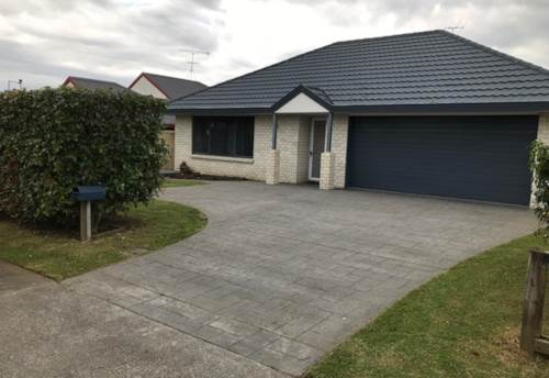 Pukekohe, TOTALLY CONVENIENT, Property ID: 46002620   Barfoot & Thompson