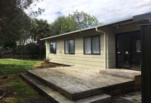 Tuakau, HARRISVILLE SCHOOL ZONED, Property ID: 46002621 | Barfoot & Thompson
