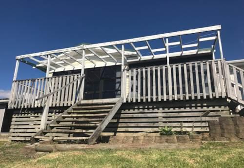 Clarks Beach, BEACHSIDE BACH, Property ID: 46002669 | Barfoot & Thompson