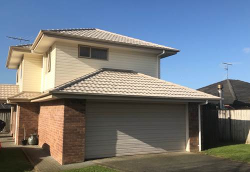Pukekohe, HILL SCHOOL ZONED FAMILY HOME , Property ID: 46002703 | Barfoot & Thompson