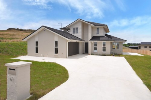 Pukekohe, ROOM FOR THE WHOLE FAMILY, Property ID: 46002704 | Barfoot & Thompson