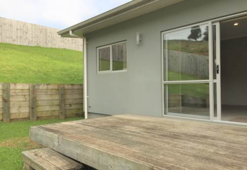 Pukekohe, 4 BEDROOM HOME GREAT LOCATION , Property ID: 46002756 | Barfoot & Thompson