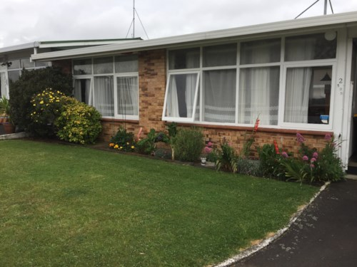 Pukekohe, 2 BEDROOM BEAUTY , Property ID: 46002835 | Barfoot & Thompson