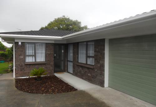 Pukekohe, MODERN HOME, GREAT LOCATION, Property ID: 46002950 | Barfoot & Thompson