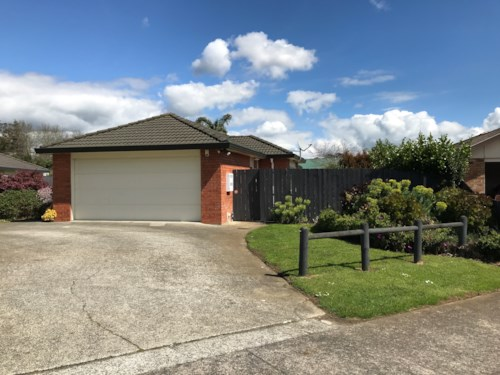 Pukekohe, LOVELY FAMILY HOME, Property ID: 46003026 | Barfoot & Thompson