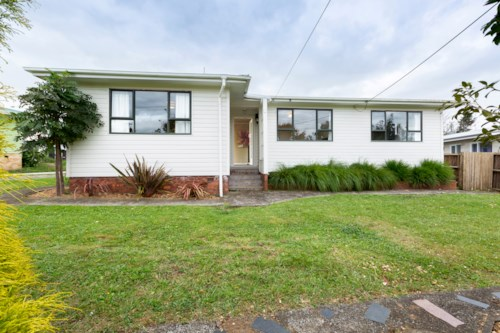 Pukekohe, GREAT OUTDOOR LIVING, Property ID: 46003056 | Barfoot & Thompson