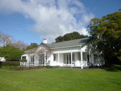 Karaka, Beautiful in Karaka, Property ID: 46003060 | Barfoot & Thompson