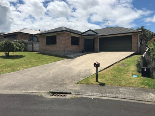 Tuakau, HIDDEN GEM, Property ID: 46004109 | Barfoot & Thompson