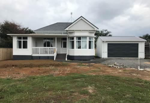 Pukekohe, FULLY RENOVATED VILLA, Property ID: 46004174   Barfoot & Thompson