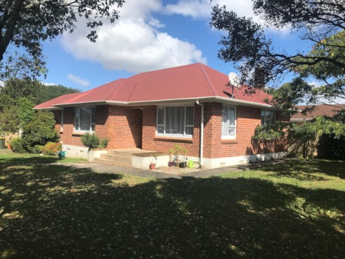 Pukekohe, FAMILY HOME, Property ID: 46004185 | Barfoot & Thompson