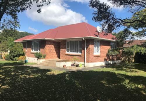 Pukekohe, FAMILY HOME, Property ID: 46004185 | Barfoot & Thompson