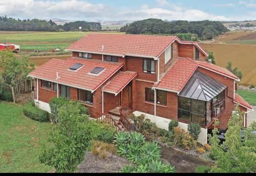 Pukekohe, SPACIOUS THREE LEVEL HOME, Property ID: 46004264 | Barfoot & Thompson