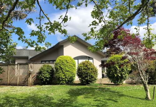 Pukekohe, PRIVATE TRANQUIL SETTING, Property ID: 46004320 | Barfoot & Thompson