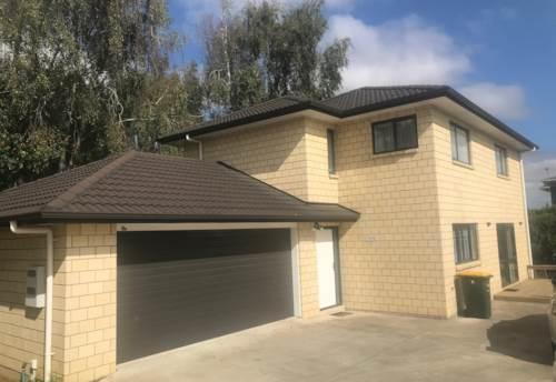 Pukekohe, SPACIOUS SOLID BRICK FAMILY HOME, Property ID: 46004364   Barfoot & Thompson