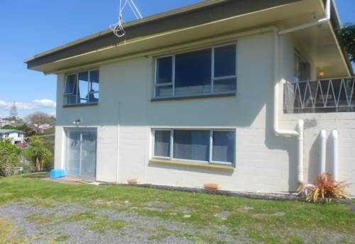 Manly, 2 bedroom flat with sea views in Manly, Property ID: 47001570 | Barfoot & Thompson
