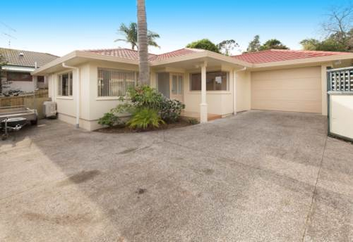 Stanmore Bay, Refurbished Home, Property ID: 47001811 | Barfoot & Thompson