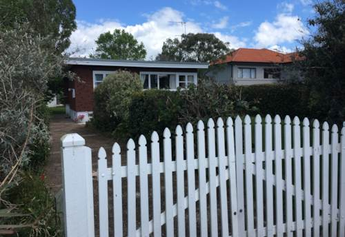 Manly, Cute as a button Manly on the flat, Property ID: 47001843 | Barfoot & Thompson