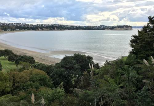 Tindalls Beach, Beautiful cliff top property available until end November - furnished, Property ID: 47001910 | Barfoot & Thompson