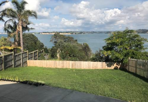 Manly, Modern cliff top home with spectacular views, Property ID: 47001969 | Barfoot & Thompson