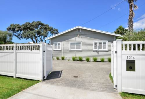 Manly, Walk to Manly Beach, Property ID: 47001991   Barfoot & Thompson