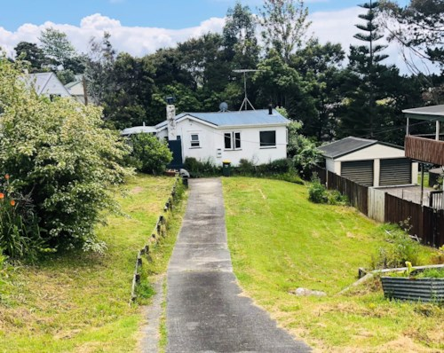 Stanmore Bay, Christmas Special!, Property ID: 47002048 | Barfoot & Thompson