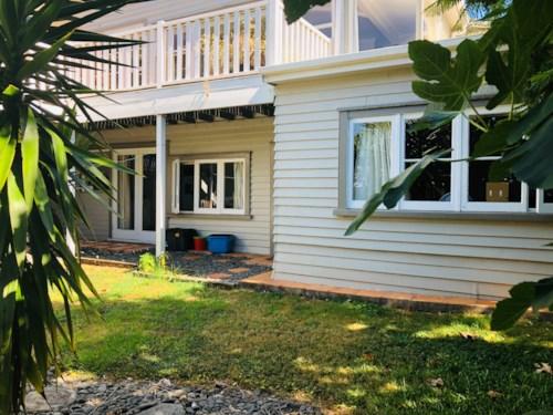 Arkles Bay, 2 bedroom garden flat, Property ID: 47002071 | Barfoot & Thompson
