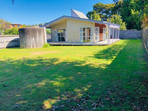Manly, Sunny and light, single Level Living Manly on the flat, Property ID: 47002095 | Barfoot & Thompson