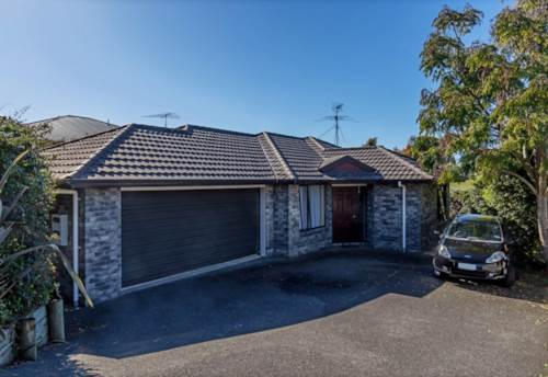 Stanmore Bay, Single level living in sought after area, Property ID: 47002097 | Barfoot & Thompson