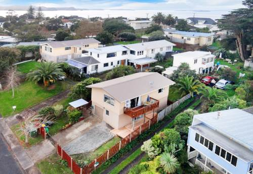Stanmore Bay, Good sized family home in Stanmore Bay, Property ID: 47002101 | Barfoot & Thompson