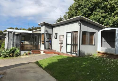 Stanmore Bay, Stanmore Bay home, Property ID: 47002111 | Barfoot & Thompson