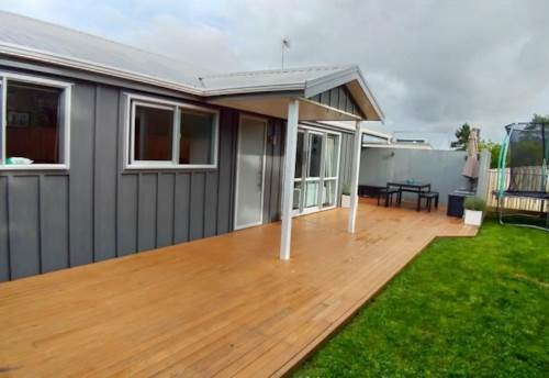 Stanmore Bay, 5 Bedroom house in Stanmore Bay, Property ID: 47002129 | Barfoot & Thompson