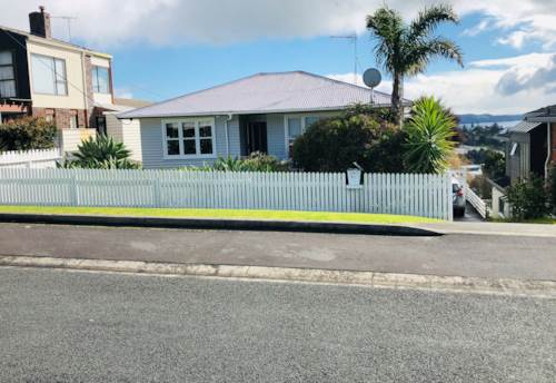Stanmore Bay, 2 way views across Arkles Bay and Stanmore Bay, Property ID: 47002131 | Barfoot & Thompson