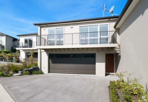 Stanmore Bay, Spacious Townhouse, Property ID: 47002151 | Barfoot & Thompson