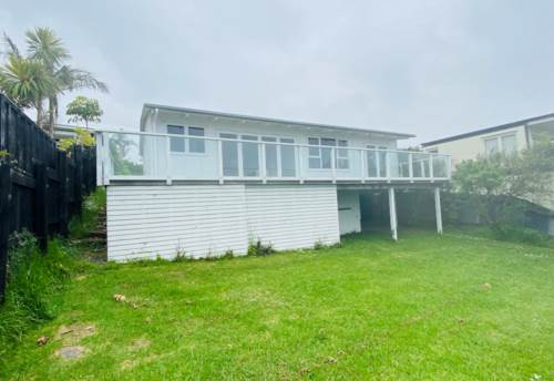 Stanmore Bay, Unique batch with pathway to the beach, Property ID: 47003225 | Barfoot & Thompson