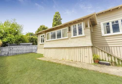 Mt Albert, One bedroom cottage flat, Property ID: 48000623 | Barfoot & Thompson