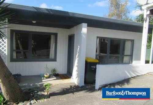 Te Atatu South, Te Atatu Unit , Property ID: 48000626 | Barfoot & Thompson