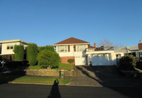 Mt Roskill, Lynbrooke Ave 3 bedroom house, Property ID: 48000641   Barfoot & Thompson