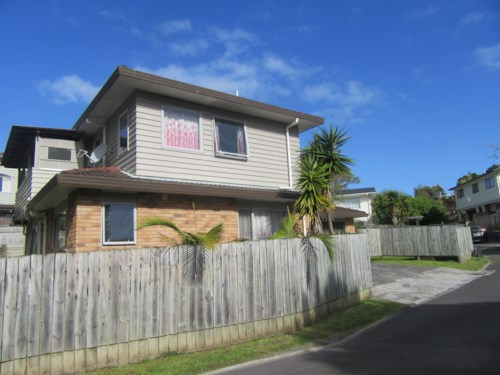 New Lynn, Large family home on Sheridan Drive , Property ID: 48001709 | Barfoot & Thompson