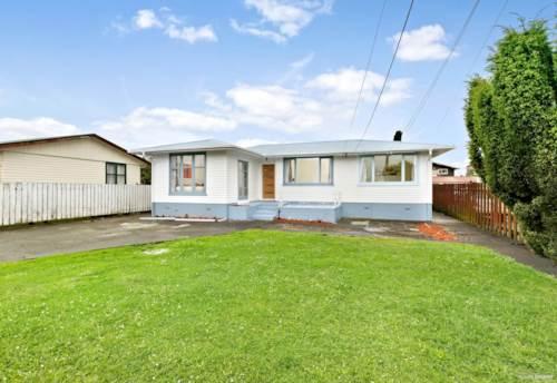 Kelston, 3.5 bedrooms  & 1 bathroom , Property ID: 48001762 | Barfoot & Thompson