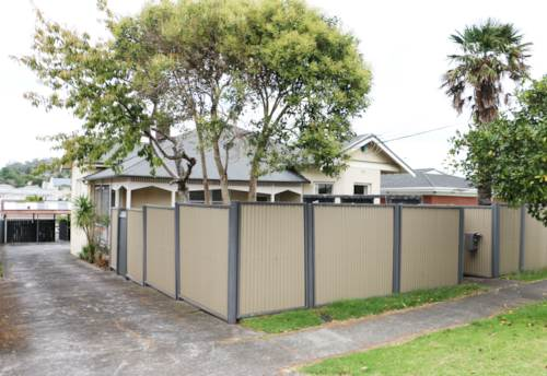 Mt Albert, 2 bedroom Mt Albert , Property ID: 48001777 | Barfoot & Thompson