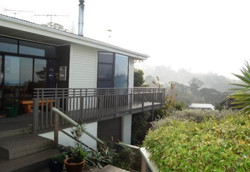 Titirangi, BUSH PARADISE, Property ID: 49000690 | Barfoot & Thompson