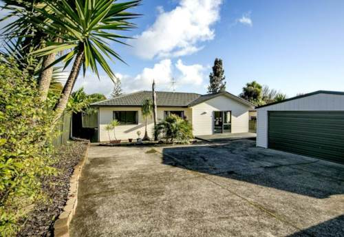 Glen Eden, ORATIA SCHOOL ZONE - DOUBLE GARAGE, Property ID: 49000800 | Barfoot & Thompson