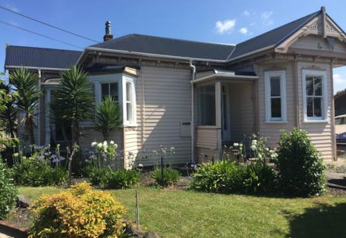 Glen Eden, READY FOR A NEW FAMILY, Property ID: 49000832 | Barfoot & Thompson