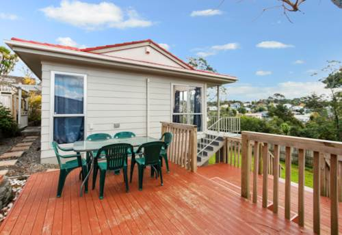 Glen Eden, WARM, COSY AND SECURE! , Property ID: 49000938 | Barfoot & Thompson