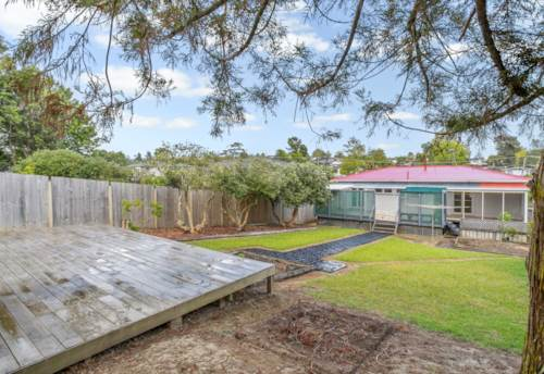 Glen Eden, Gem in Glen Eden, Property ID: 49000968 | Barfoot & Thompson